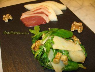 insalata di valeriana e pere