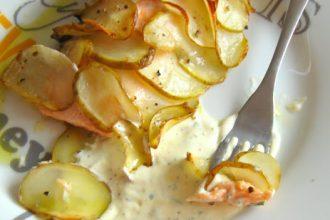 filetto di salmone in scrigno di patate