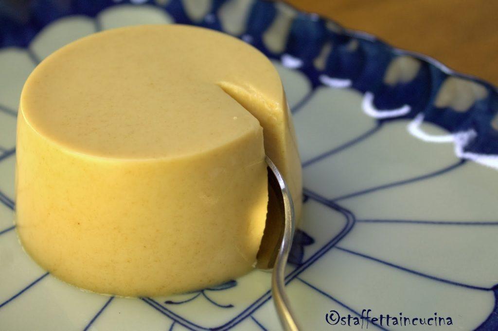 Panna cotta al cioccolato bianco e soia