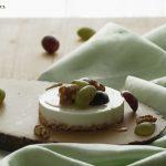 Cheesecake al caprino con miele, uva e noci