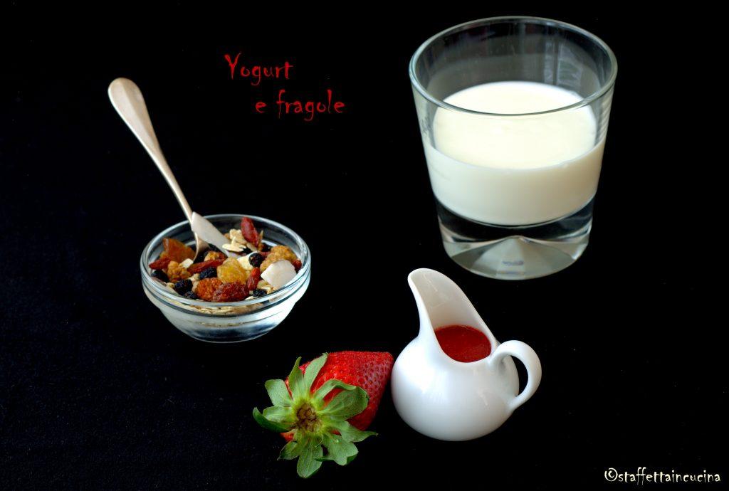 yogurt e fragole