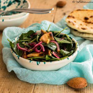 insalata spinacini e datteri
