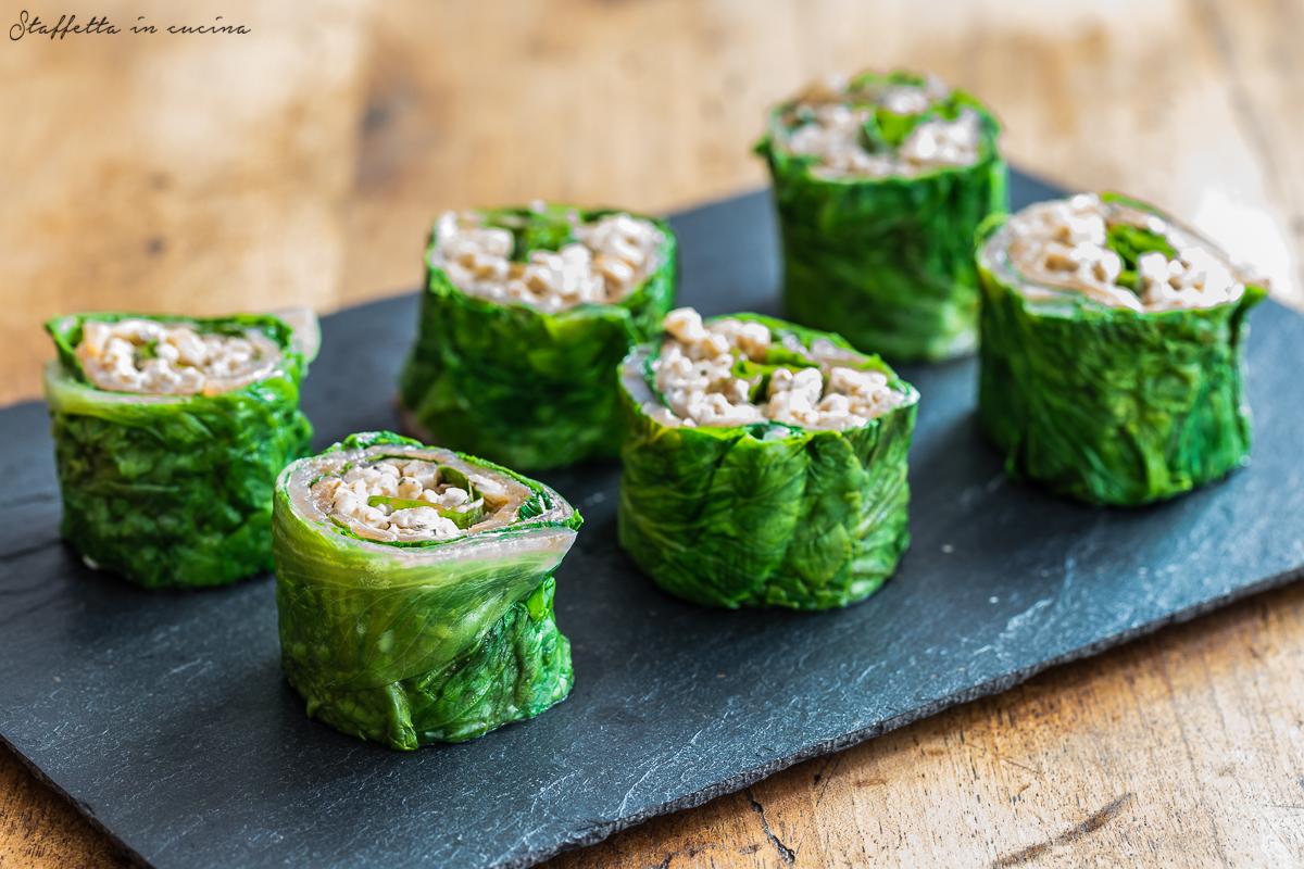 rotolini di salmone e lattuga