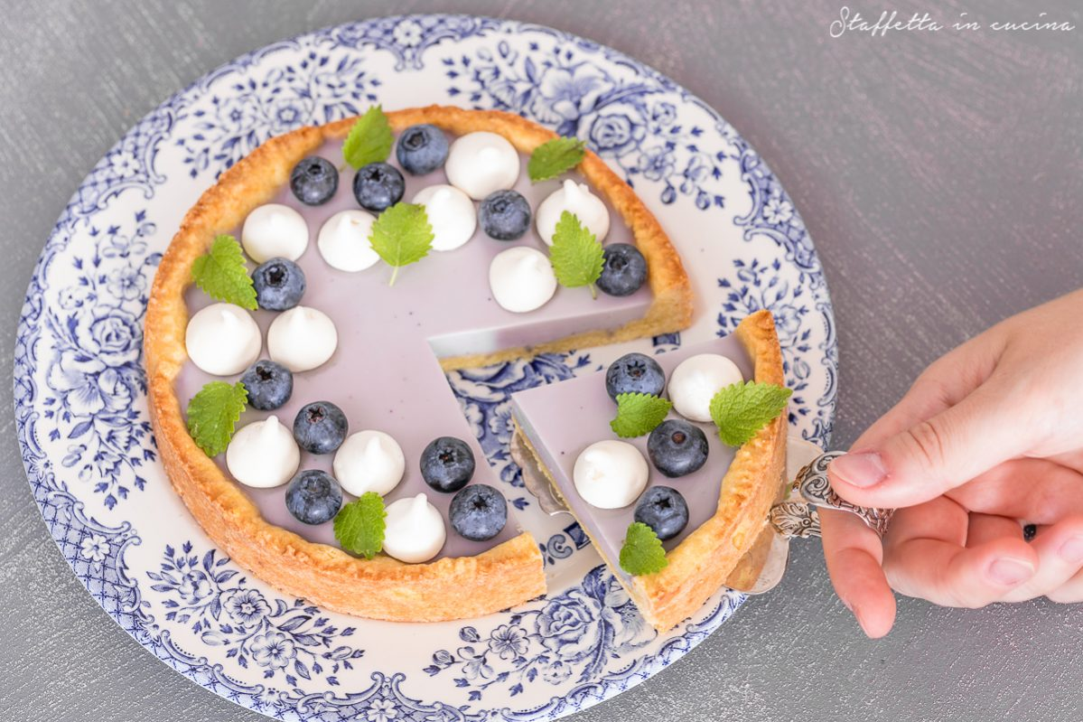 crostata con panna cotta ai mirtilli