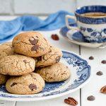 Cookies con noci pecan e cioccolato