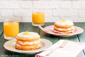 Pancakes salati con salmone affumicato